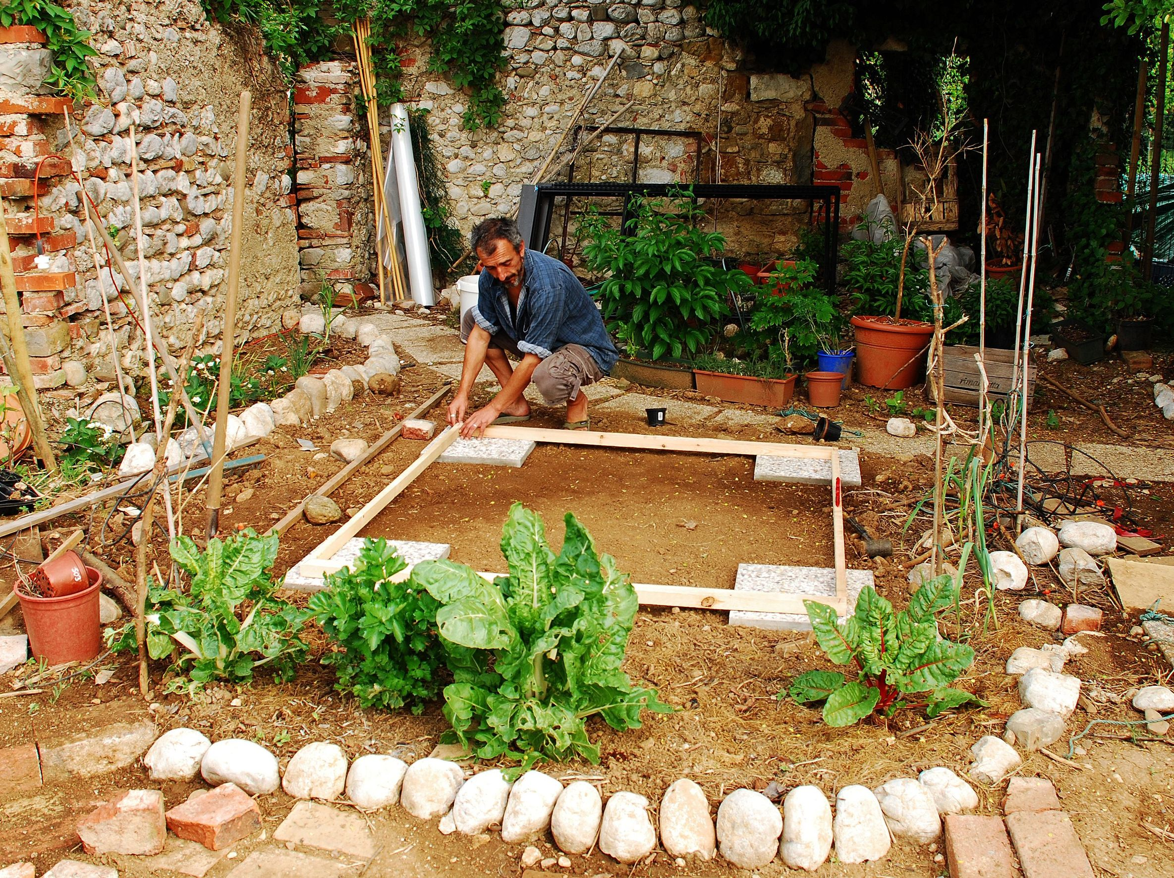 Family Home And Garden